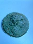 Pièce de monnaie à l'effigie de Cléopâtre VII. site de vgdberte.free.fr